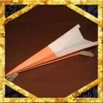 正方形折り紙で紙飛行機の折り方!よく飛ぶ簡単な作り方